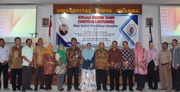 Visting Lecturer Mata Kuliah Pendidikan Karakter Di UNWIDHA